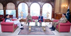 Imran Khan, General Bajwa, DG ISI, Asif Ghafoor Meeting